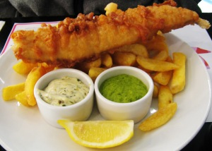 Fish,_chips_and_mushy_peas