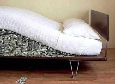 money-under-the-mattress