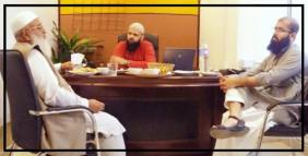 Deep in discussion with the renowned scholar, Dr. Sohail Hassan